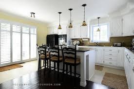 reparation armoire de cuisine peinturer des armoires pour transformer une cuisine colobar