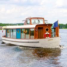 Wohnzimmer Kino Berlin Salonschiff Ms Marple Ausflugsboot Berlin Creme Guides