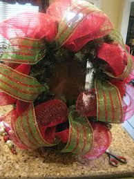 christmas mesh ribbon kristen s creations christmas mesh wreath tutorial