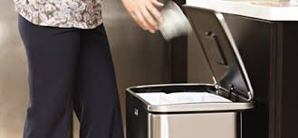 poubelles de cuisine automatique poubelle cuisine poubelle automatique et inox accessoires