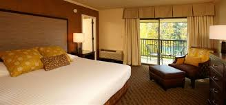 river oregon lodging lodging in eugene or guest rooms suites at valley river inn