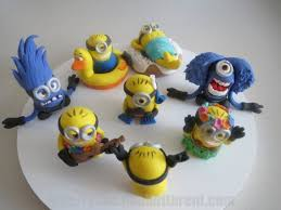 minions cake toppers best 25 fondant minions ideas on minion cake pops