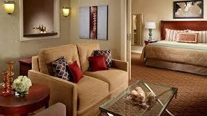 Comfort Suites Atlanta Suites In Atlanta Ga Omni Atlanta Hotel At Cnn Center