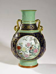 Chinese Antique Vases Markings Chinese Antiques A 31 Million Scroll An 86 Million Vase And