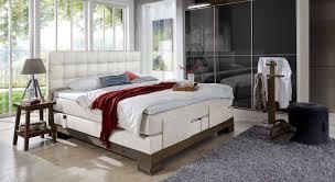 Schlafzimmer In Beige Schlafzimmer Komplett Mit Boxspringbett Kaufen Auf Betten De