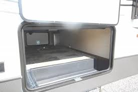 sprinter 353fwden rear ent with fireplace theatre seating 4