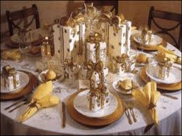 New Year Decorations Table by Decorations For The New Year U0027s Eve Table Hum Ideas