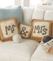 wedding gift knitting patterns mr and mrs pillows crochet pillows free crochet pattern from