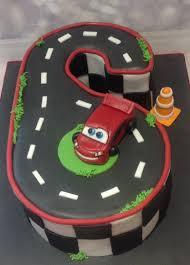 lightning mcqueen birthday cake lightning mcqueen cars birthday cake for a 6 year kids