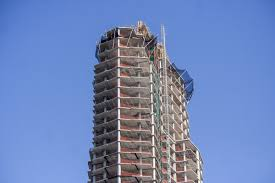 400 Feet by Greenpoint U0027s Tallest Tower Tops Out At Nearly 400 Feet Curbed Ny