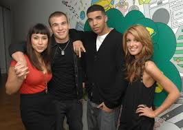 Drake In A Wheel Chair Drake Reunites With U0027degrassi U0027 Co Stars In Instagram Pics Ny