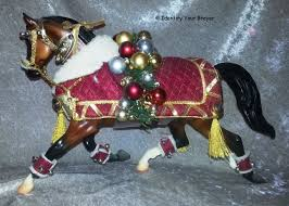 identify your breyer holiday horses