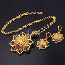 trendy flower necklace images High quality trendy party wear big sun flower pendant and earrings jpg