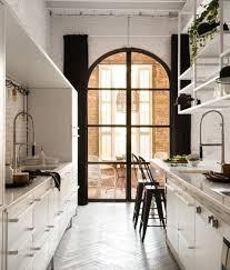 cuisine dans loft cuisine industrielle l élégance brute en 82 photos exceptionnelles