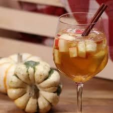 tasty apple cinnamon fall sangria