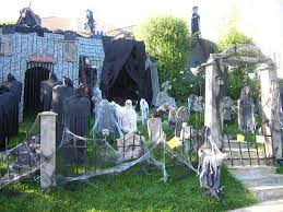 photo gallery of the outdoor halloween decorating ideas
