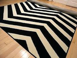 Zig Zag Outdoor Rug Zig Zag Area Rug Trio Collection Zigzag Area Rug A Liked On