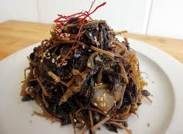 korean food photo maangchi s persimmon punch maangchi com korean non spicy recipes from cooking korean food with maangchi