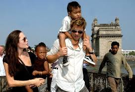 Vanity Fair Celebrity Photos Brad Pitt And Angelina Jolie U0027s Celebrity Divorce Secret Weapon