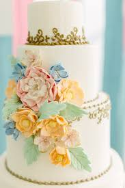 sugar flower wedding cakes cake design trendy bride magazine