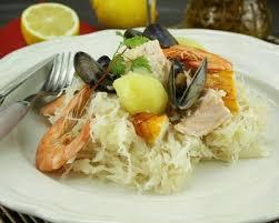 cuisiner choucroute cuite recette choucroute de la mer rapide