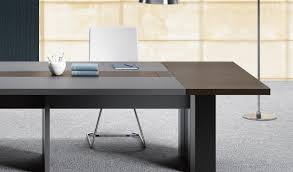 Buy Office Desk Online India Larry 12 Seat Conference Table In Leather U0026 Wood Boss U0027s Cabin