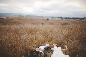 bay area wedding photographers wedding photographer in sf bay area casual backyard boho