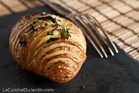 cuisiner la pomme de terre pommes de terre au four à la suédoise hasselback potatis la
