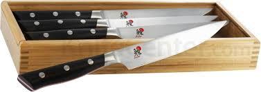 zwilling kitchen knives zwilling j a henckels miyabi red 600s morimoto 4 piece steak set