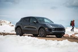 2017 porsche macan base 2017 porsche macan reviews and rating motor trend canada