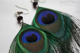 one side feather earring craftionary