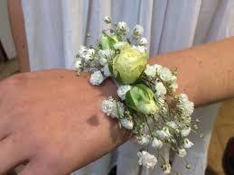 Bracelet Fleur Mariage Fleurs Cheveux Arum Anis Florajet Située à Revel Proche De Castres