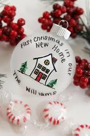 new house ornament 45degreesdesign