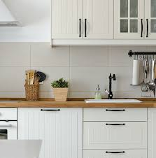 white kitchen cabinet hardware ideas 29 catchy kitchen cabinet hardware ideas 2021 a guide for