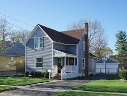 just sold 351 maple in downtown plymouth farmhouse style home 3