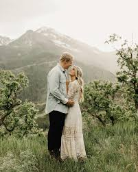 best 25 engagement photo dress ideas on pinterest engagement
