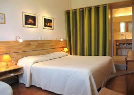 hotel avec dans la chambre herault chambres d hôtes pic loup auberge du cedre hôtel hérault