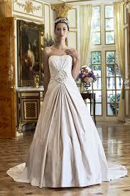 Wedding Dresses 2011 Guide To Wedding Dress Skirt Shapes