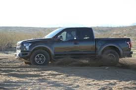 Ford F150 Truck Raptor - 2017 ford f 150 raptor autoguide com truck of the year contender