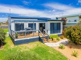 vacation home beach house on katherine circuit cowes australia