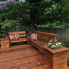 Outdoor Bench Seat Designs by Best 25 Deck Benches Ideas On Pinterest Deck Bench Seating