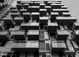 20150923 glass box balcony matrix at 300 front by wallman