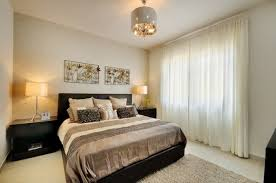 lustre chambre a coucher adulte chambre à coucher chambre moderne design lustre le fenetre