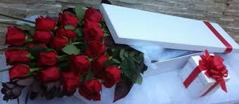 boxed roses boxed roses stem 24 stem roses