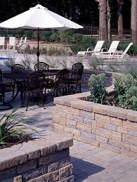 Retaining Wall Patio Creativehardscape Retaining Walls And Seating Walls
