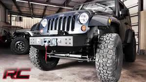 jeep rubicon winch bumper rough country u0027s jeep stubby winch bumper youtube