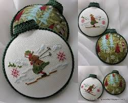 embroidered christmas 247 best cross stitch christmas images on punto