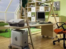 ergonomic adjustable kids computer desk â u20ac u201c yoto from hã lsta