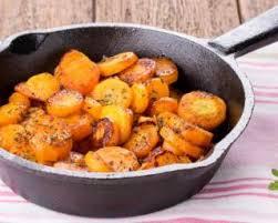 cuisiner des carottes la poele recette de poêlée de carottes light en sauce crémeuse
