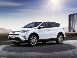 2015 toyota rav4 the safe bet review 2015 toyota rav4 the